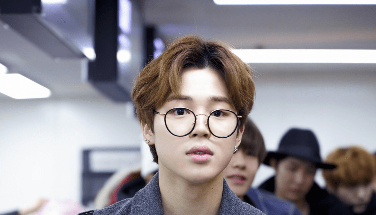 7 Male Idols Who Make Glasses Look Like Fashion Statements Koreaboo