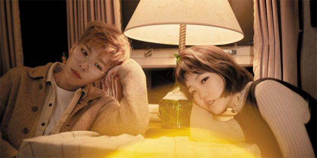 "AKMU debuted with title track ""200%"" from album Play, which topped charts shortly after its release."