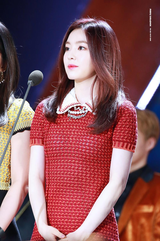 Red Velvet Irene Performs In Very Short Red Skirt Koreaboo