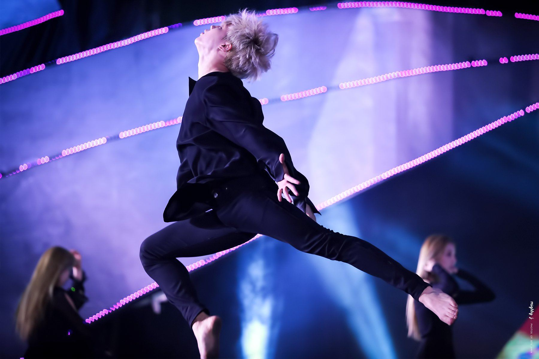 These 7 Photos Prove How Amazing Jimin Is At Dancing Koreaboo