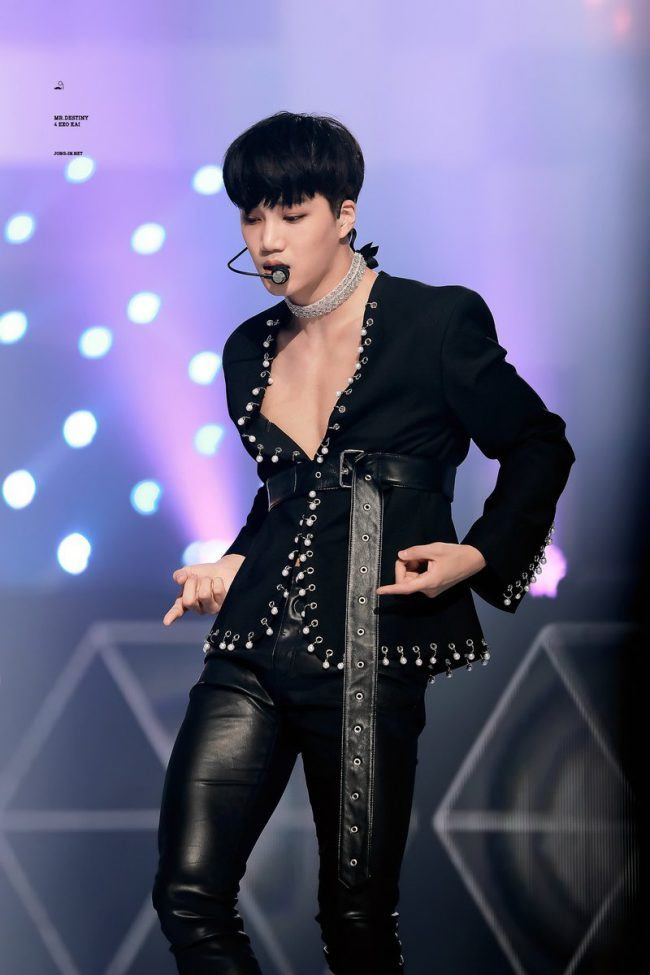 EXO's main dancer Kai wowed fans during the festival as he performed in his open-chested suit and tight leather pants.
