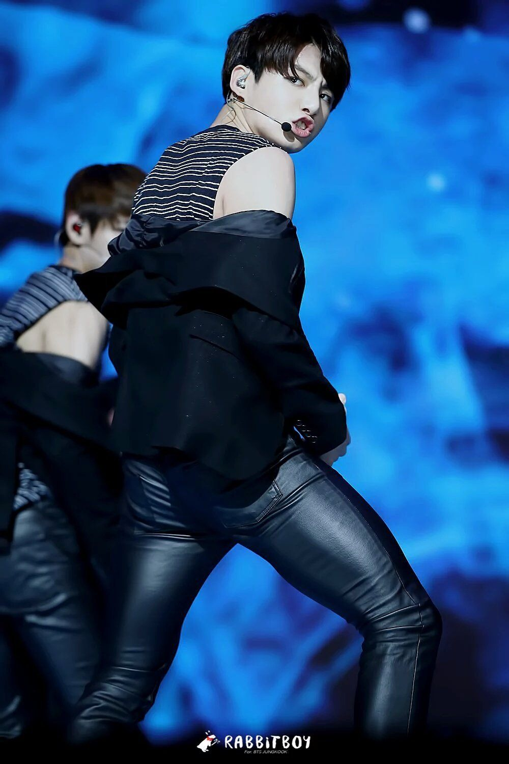 His thighs are no joke.