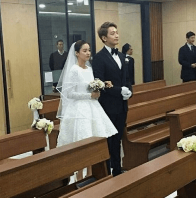 TRENDING Insiders Reveal The Secret Behind Kim Tae Hees Wedding Dress And Rains Suit