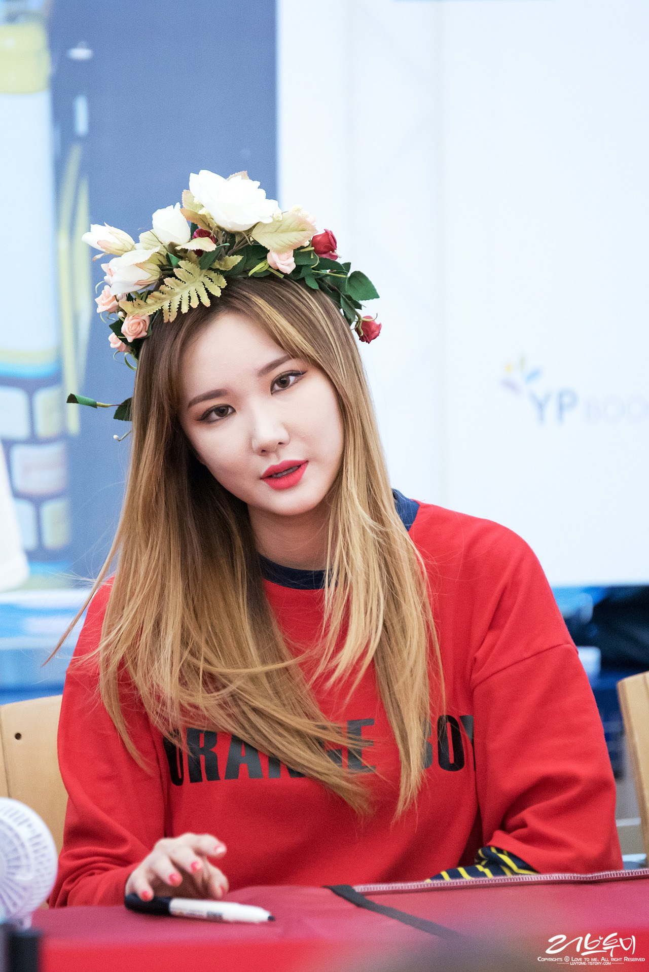 On point and perfectly complimenting this flower-crown look!