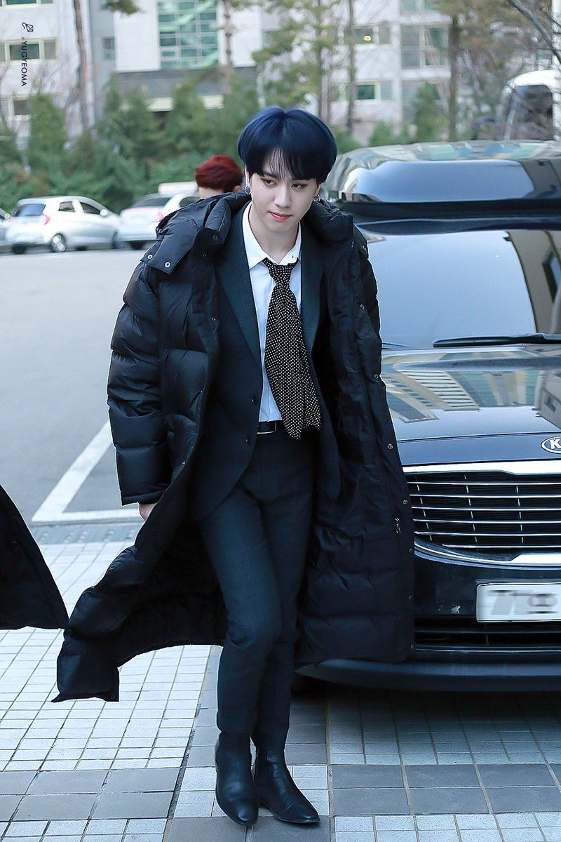 Yugyeom sports a sleek midnight blue color.