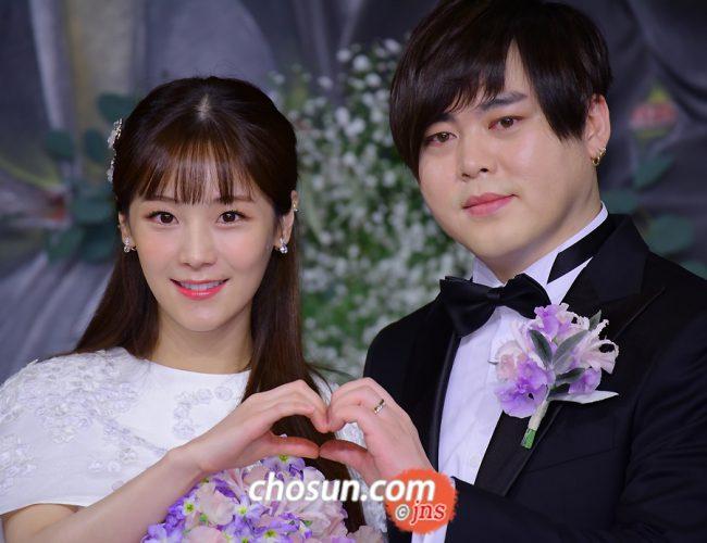 Seung ah is dating Kim Moo yeol