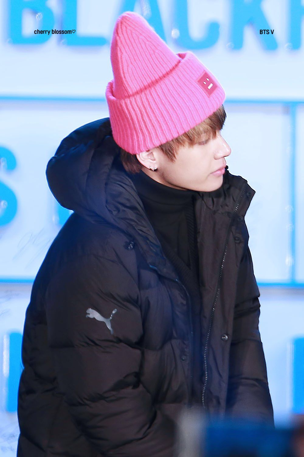 7 Photos of BTS s V In His New Beanie Proving Real Men Wear Pink ... af494e0fb2ac