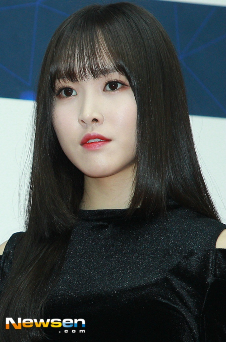 Gfriend Finally Reveals Comeback Hairstyles After Hiding