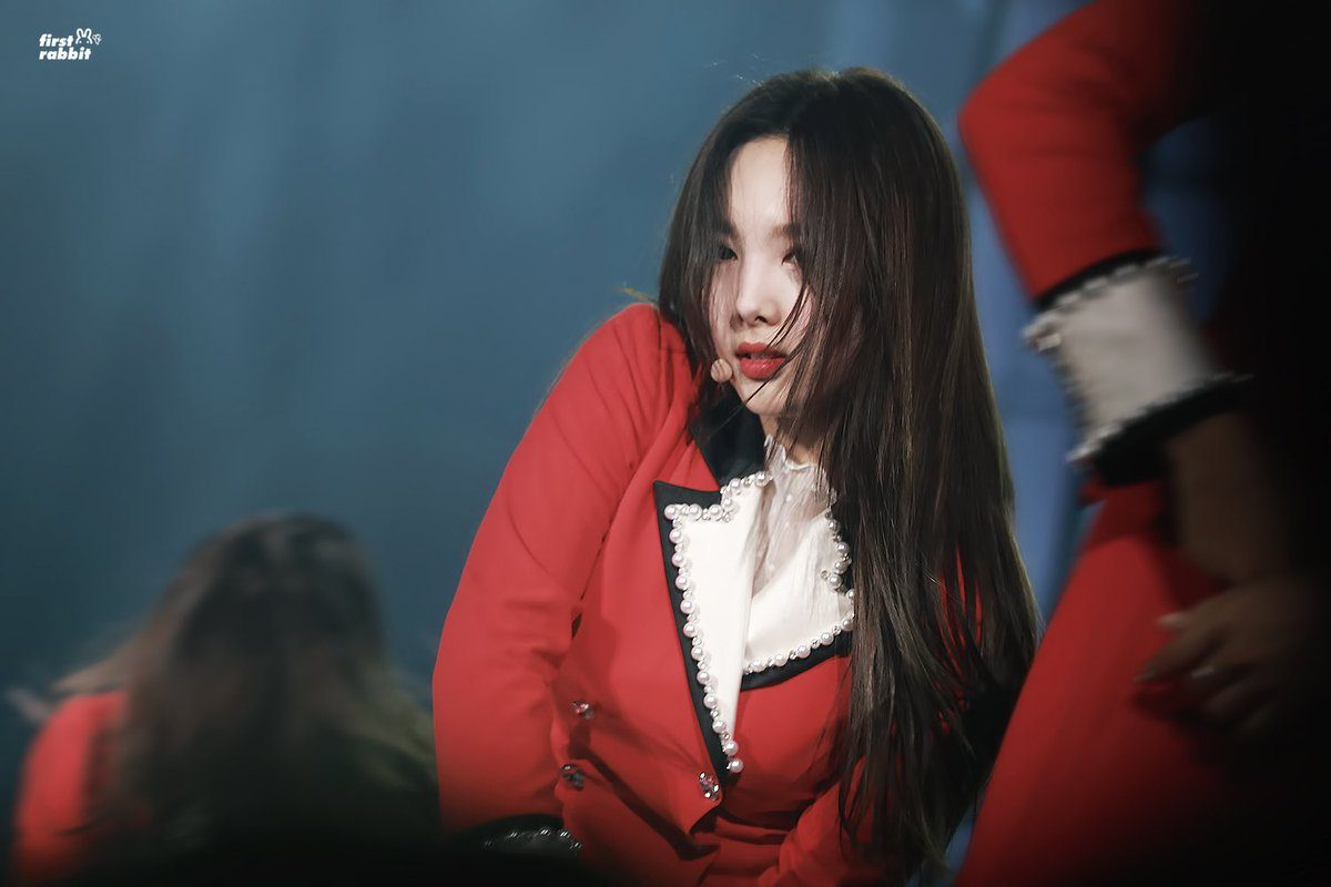 Nayeon Long Hair.