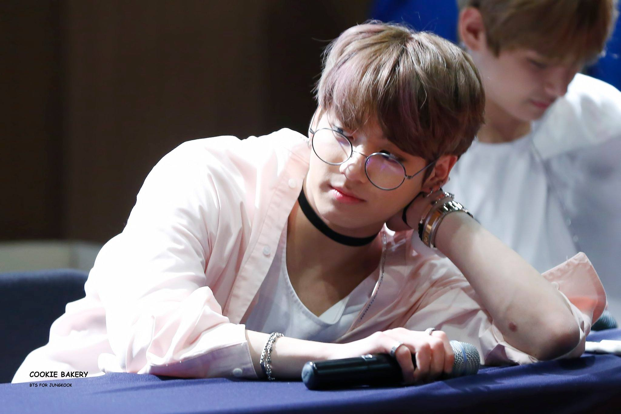 how to make glasses look cute
