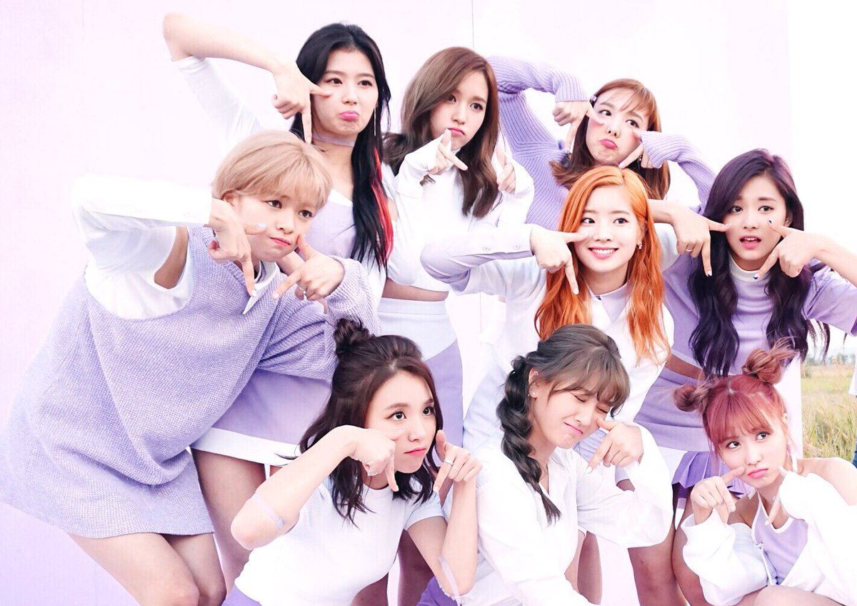 The most powerful k pop girl groups as of february 2017 for Best group pictures