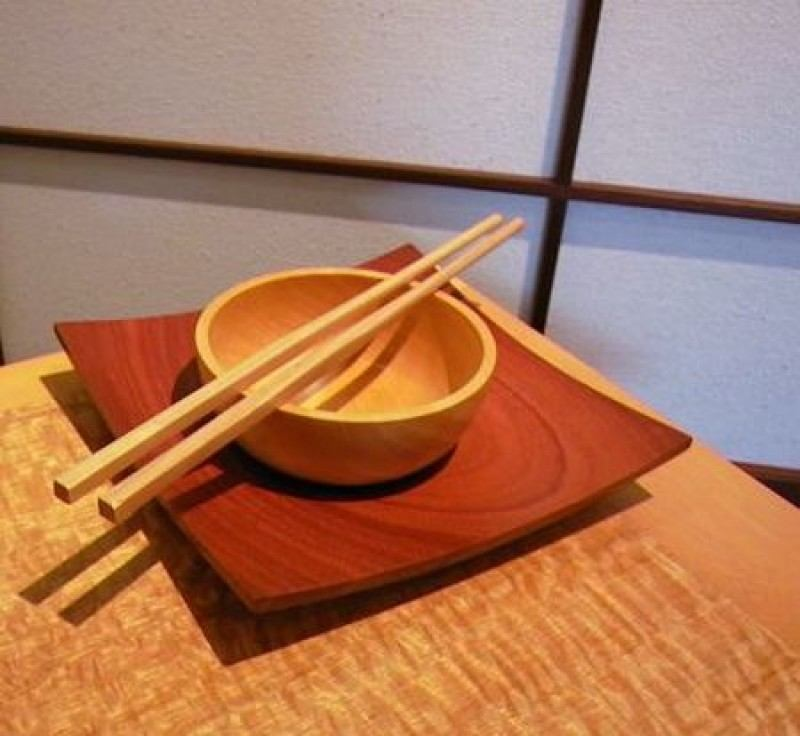 how to hold chopsticks japanese
