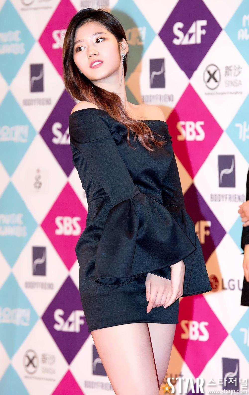 Top 10 Sexiest Outfits Of Twice Sana Koreaboo