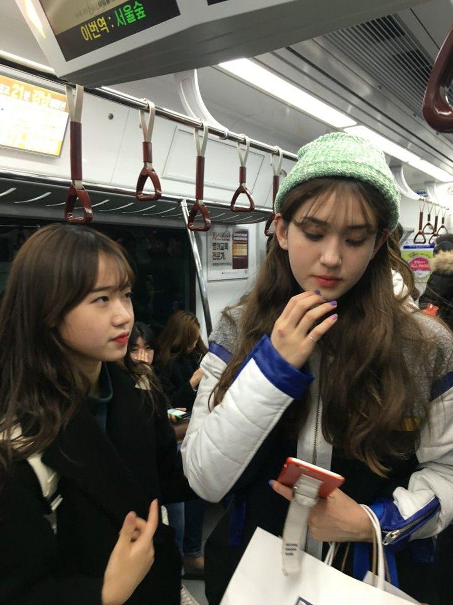 Yoo Jung and Somi