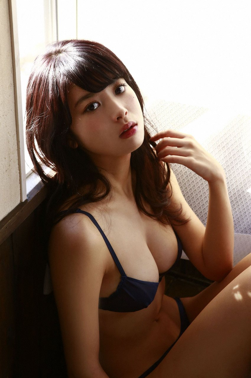 This Japanese Model Is Popular In Korea For Her Amazing