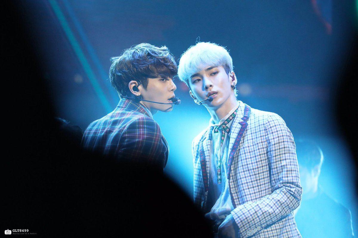 Shinee Jonghyun And Key SHINee Key's Jacket Ca...