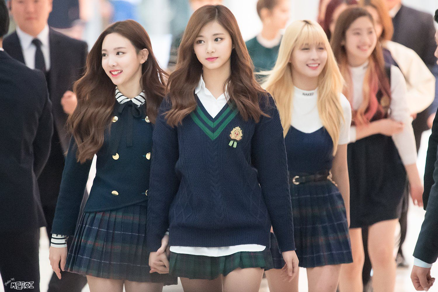 This Korean High School is a TWICE fan's dream come true ...