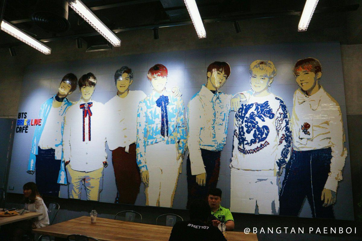 BTS BRICK LIVE CAFE