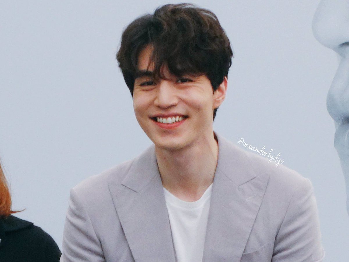 Lee Dong Wook Reveals His Secret To Being Able To Cry On Cue
