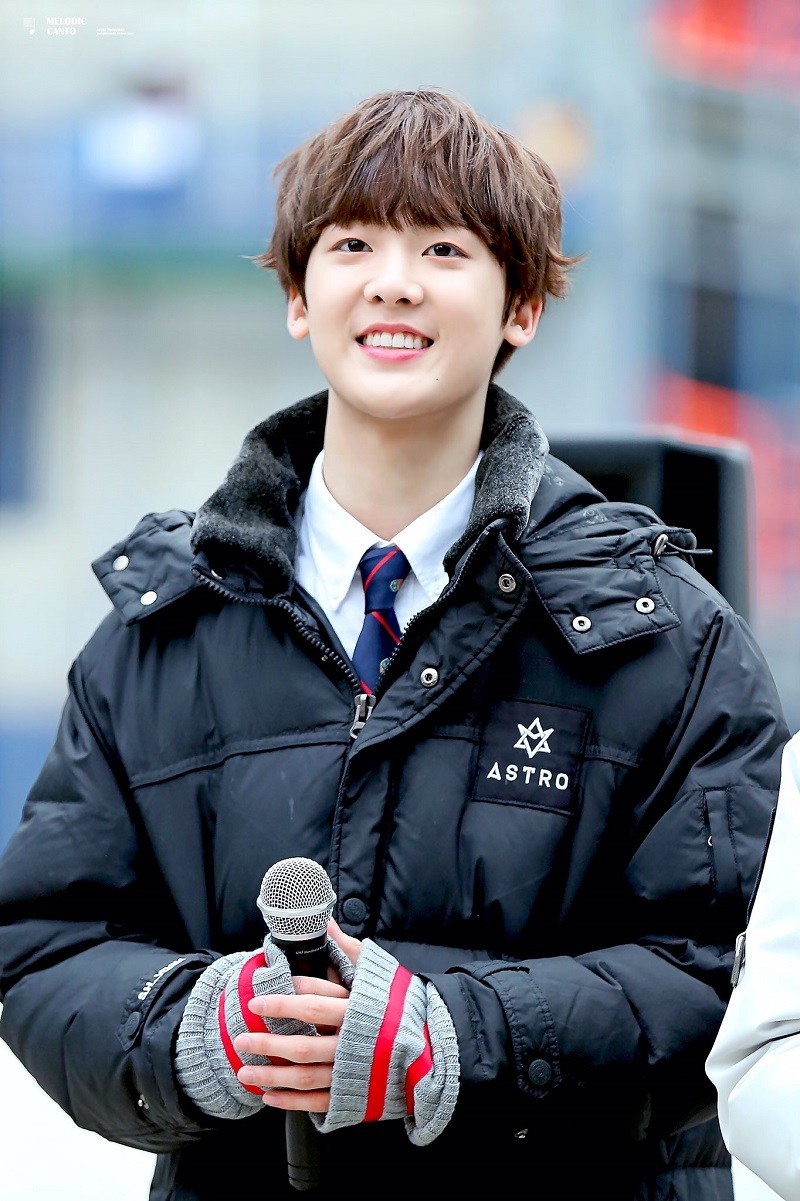 astro sanha has turned from boy to man right before our