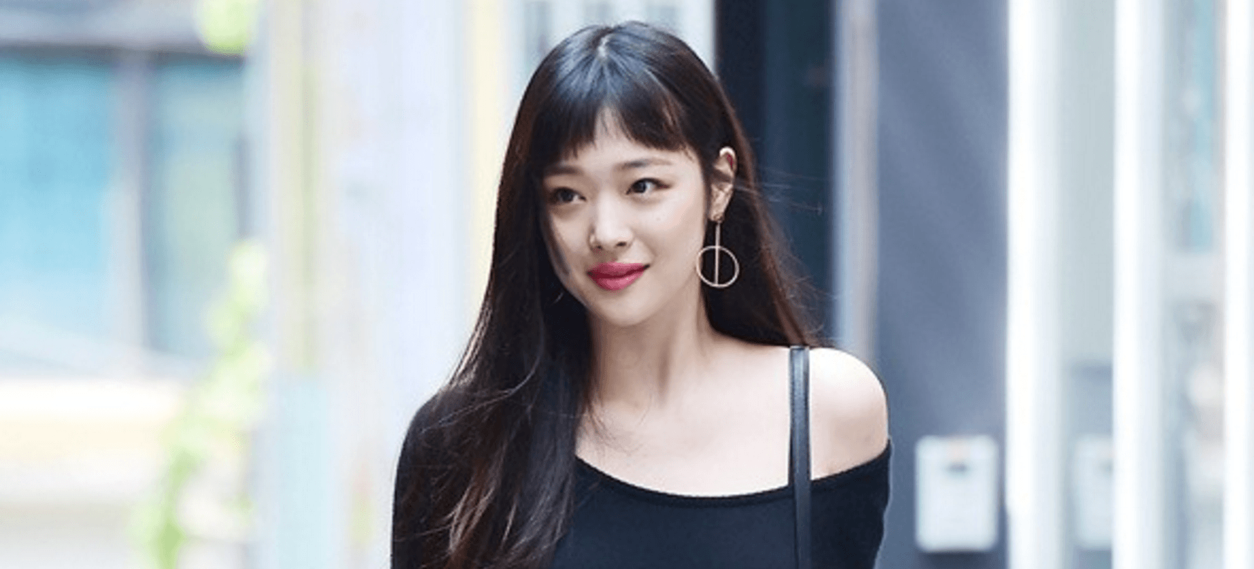 Sulli deletes all photos and unfollows everyone on Instagram