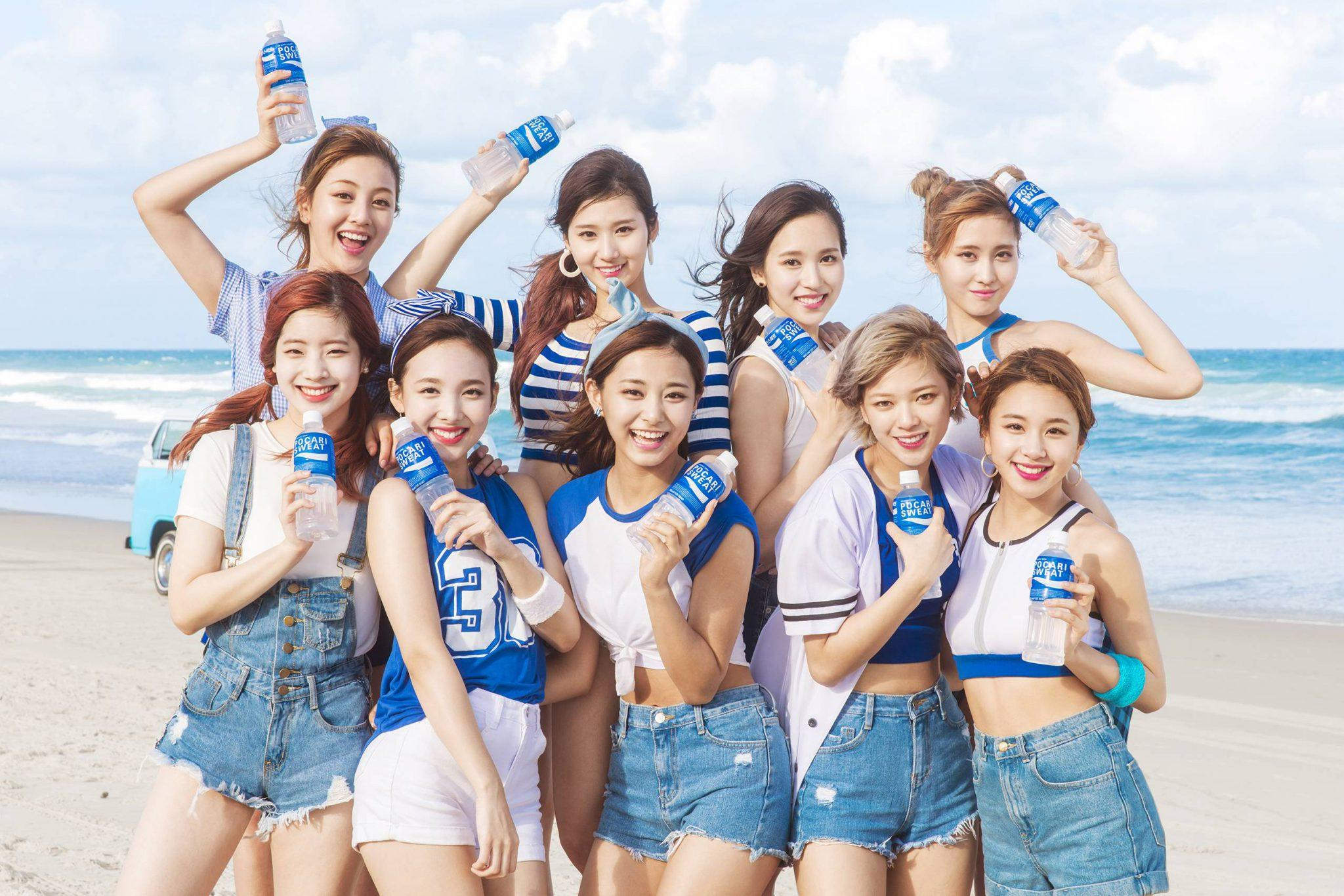 9 reasons why twice is the next nations girl group koreaboo active communication with fans stopboris Image collections