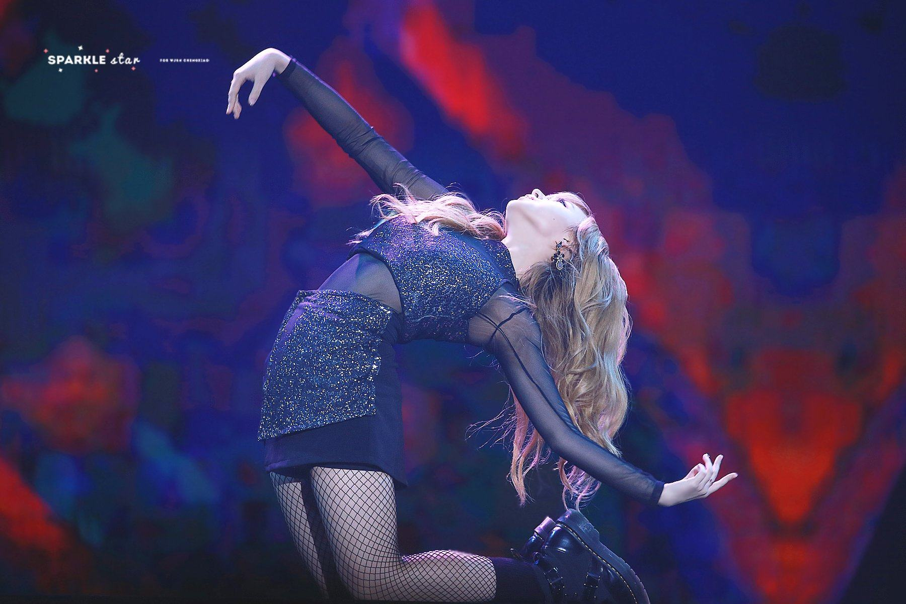 Fans are dying for more after Cheng Xiao's solo dance performance