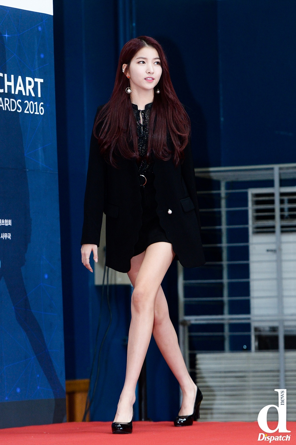 G Friend S Sowon Might Have The Longest Legs In K Pop
