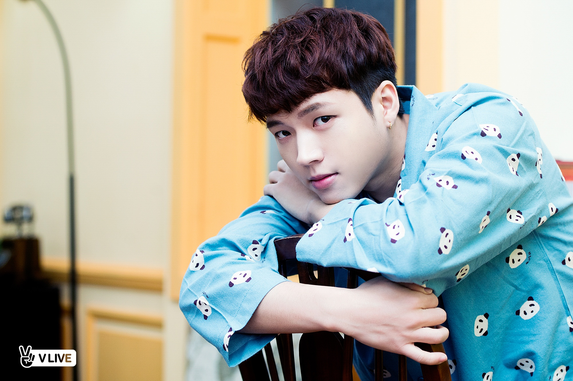 INFINITEs Woohyun confesses his shoulder is completely ruined