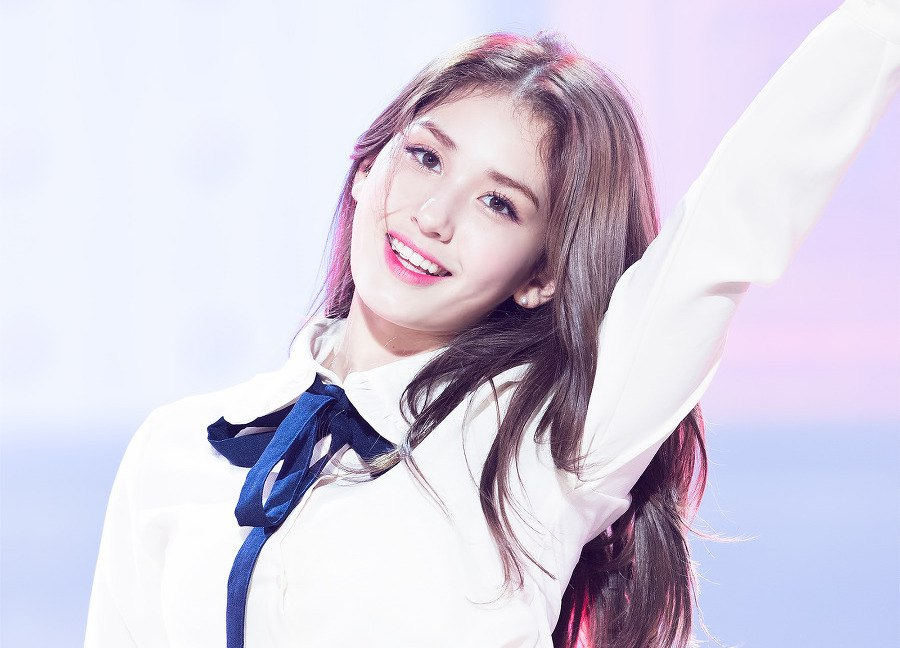 Jeon Somi Reveals Shes Been Giving Advice To A Secret Friend In Produce 101 Season 2