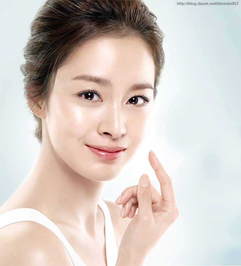 Actress Kim Tae-hee is coming to KL really soon!
