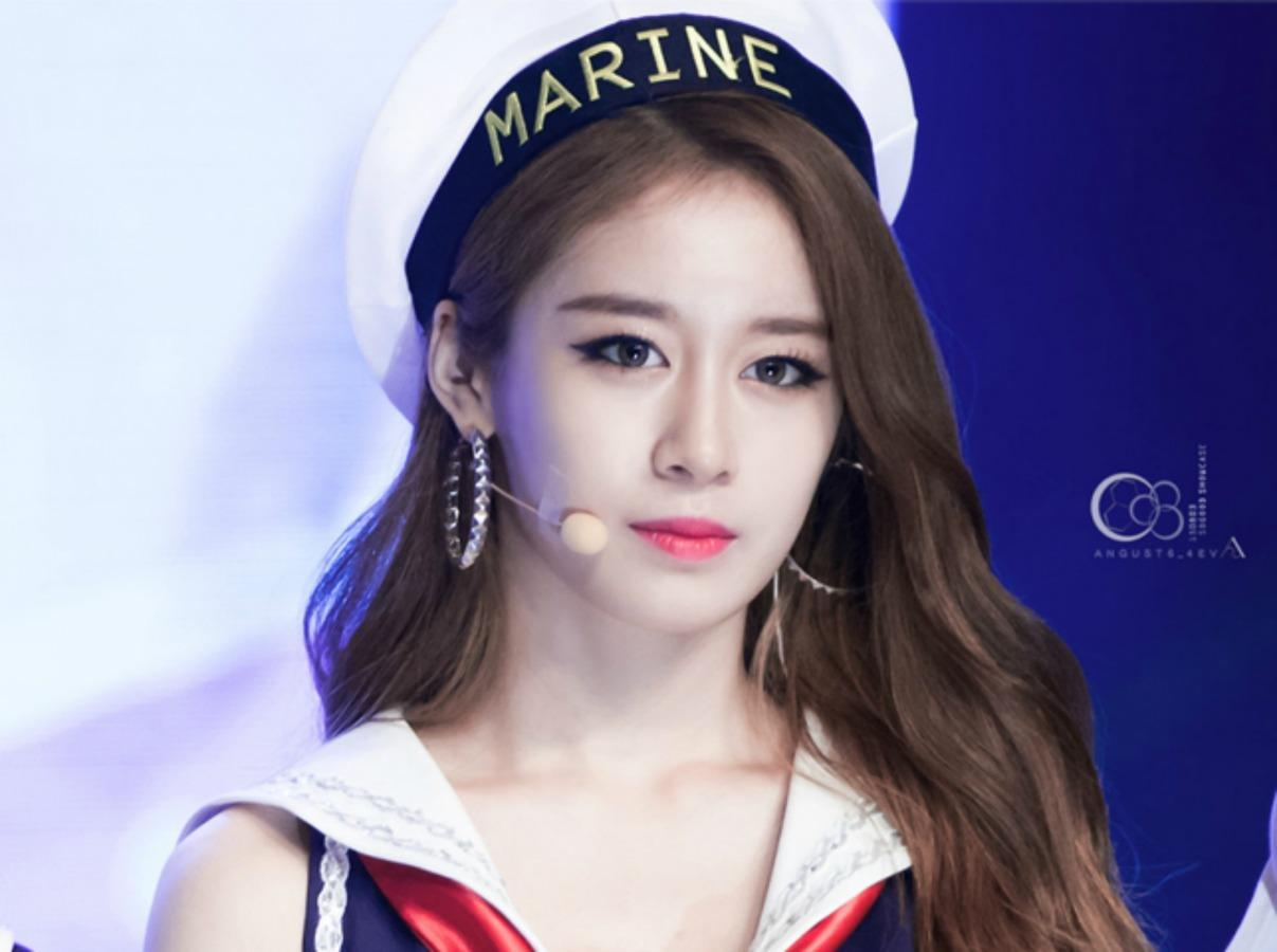 T-aras Jiyeon Burst Into Tears On Stage In Taipei