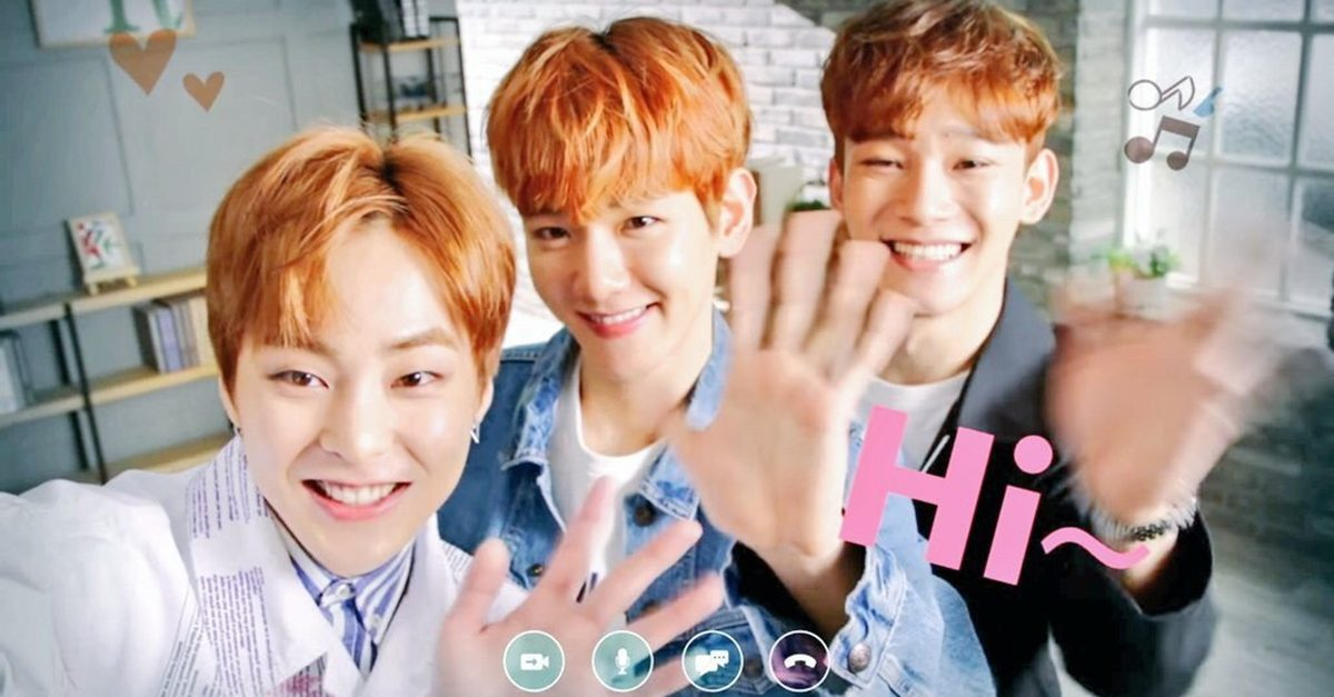 EXO-CBX Shows How Professional Selfie Shots Are Really Filmed