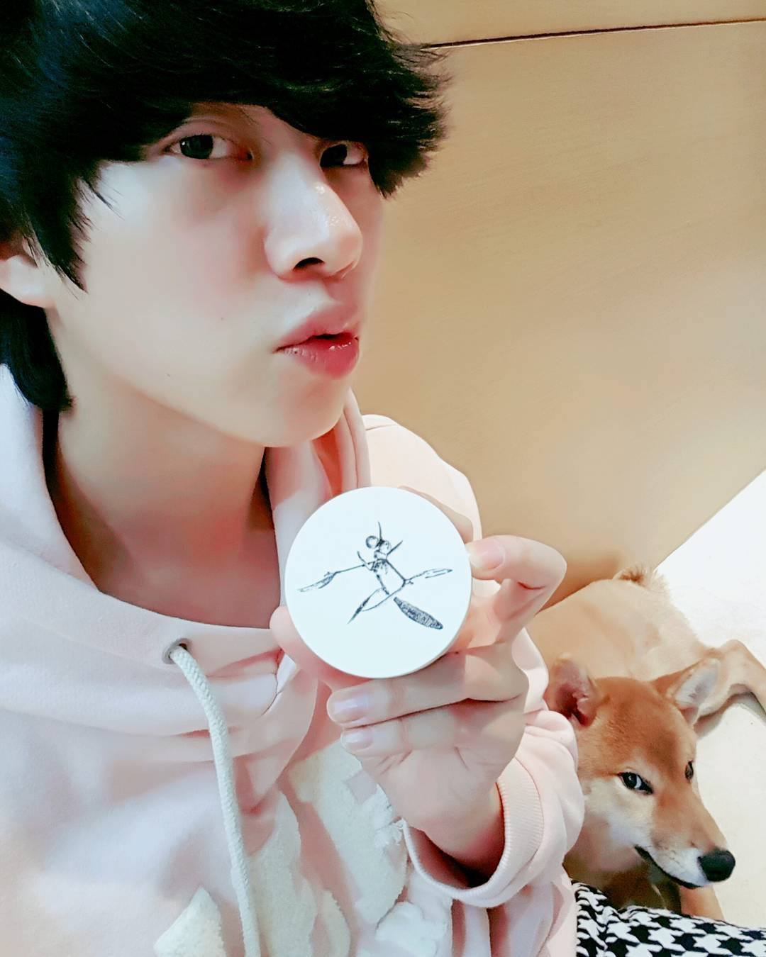 Heechuls Adorable Puppy Might Be The Most Stubborn Dog There Is