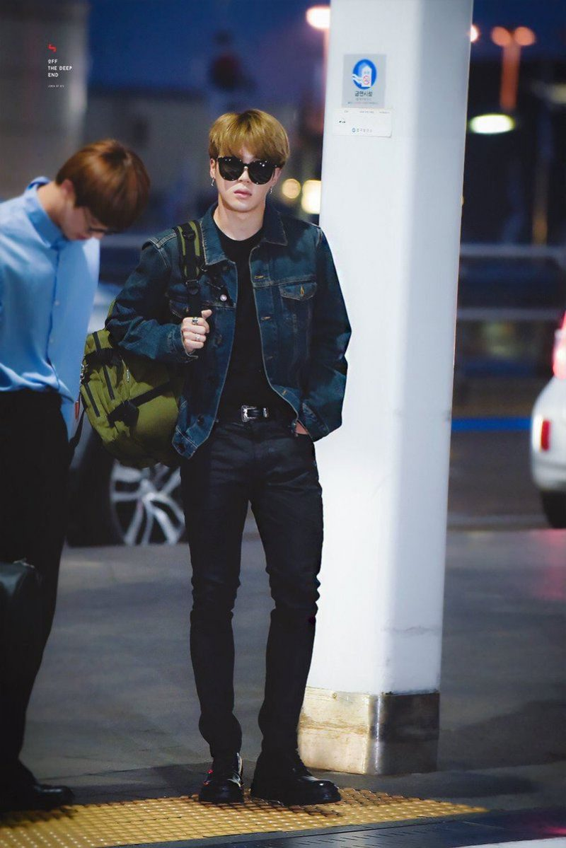 Hereu0026#39;s What BTS Wore To The Airport On Their Way To The Billboard Music Awards u2014 Koreaboo