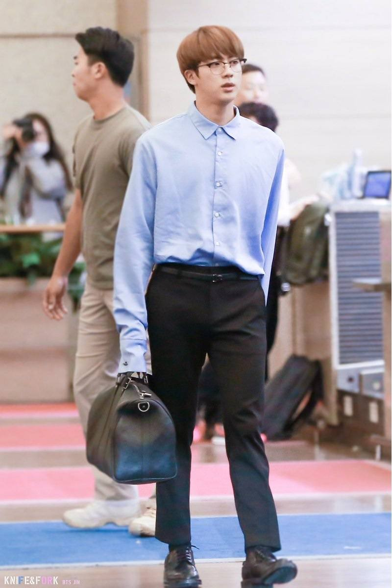 Here's What BTS Wore To The Airport On Their Way To The ...