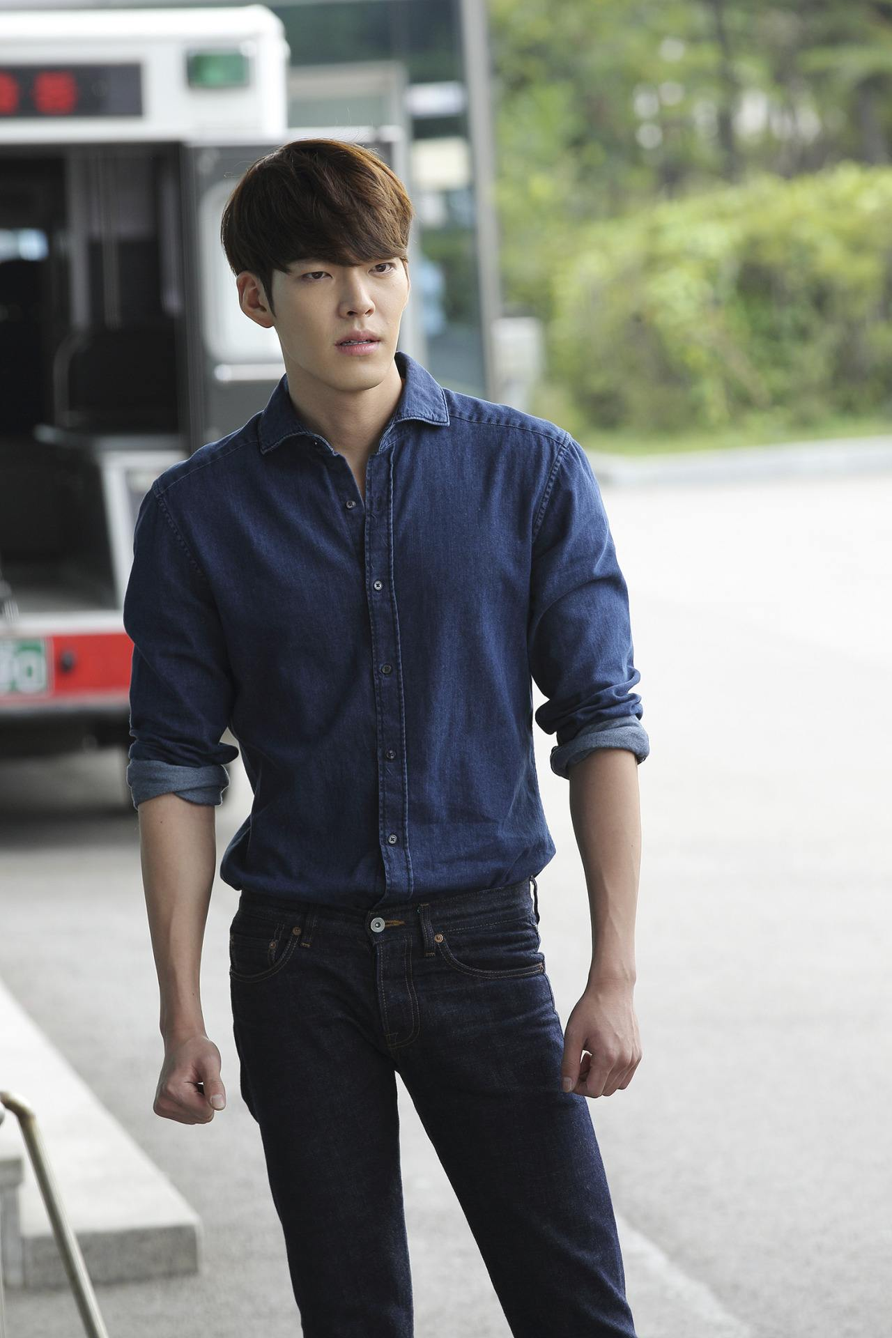 Everything You Need To Know About Kim Woo Bin's Cancer ...