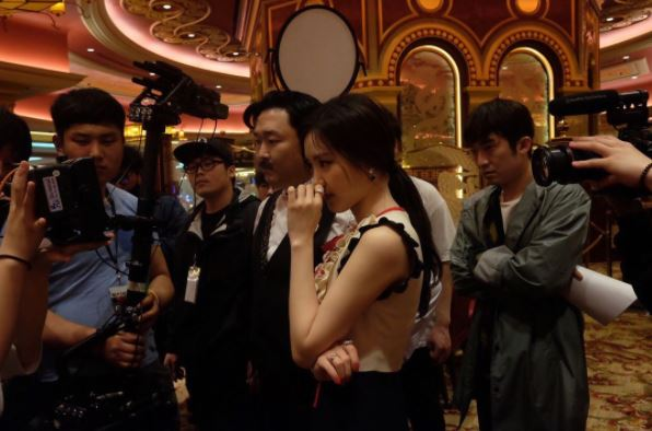 Naeun Reveals How Luxurious The Set Was For Psys Music Video