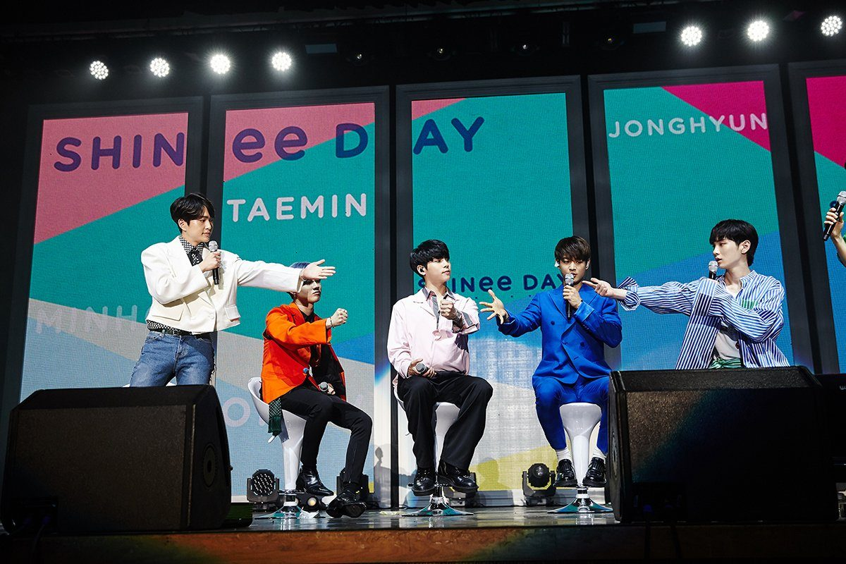 After 9 years together SHINee still makes decisions using this method