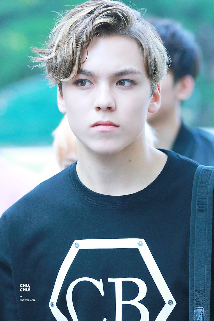 Breaking Seventeen S Vernon Rushed To Hospital And Will