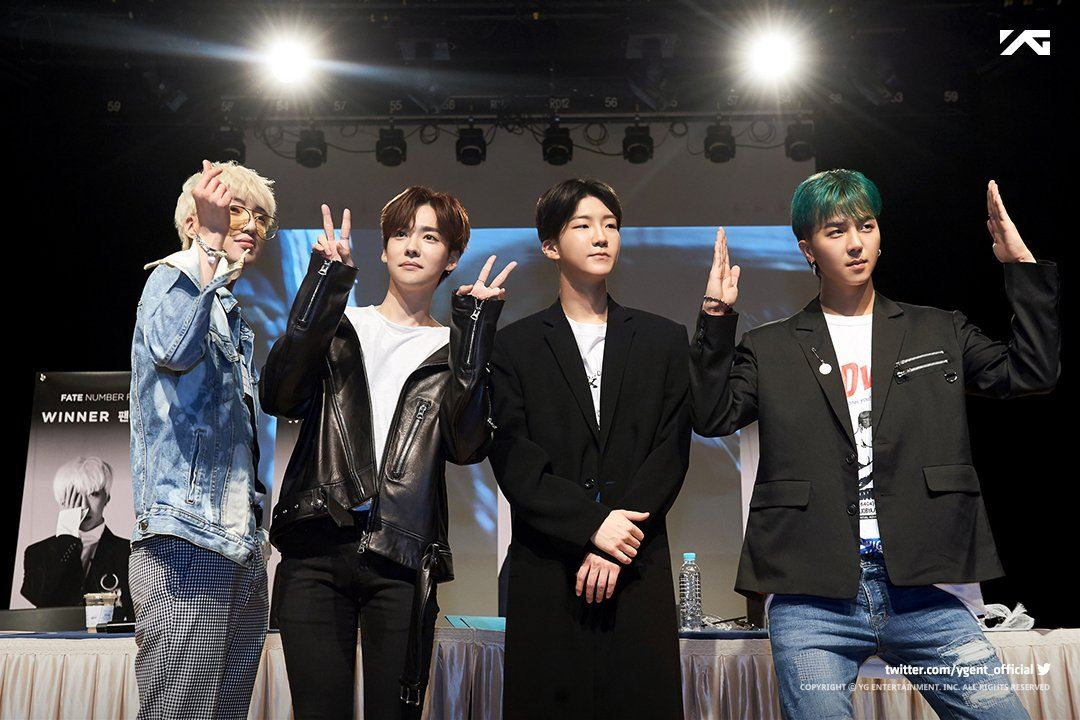 This is how WINNER reacted when they noticed fans wearing short skirts at their fansign