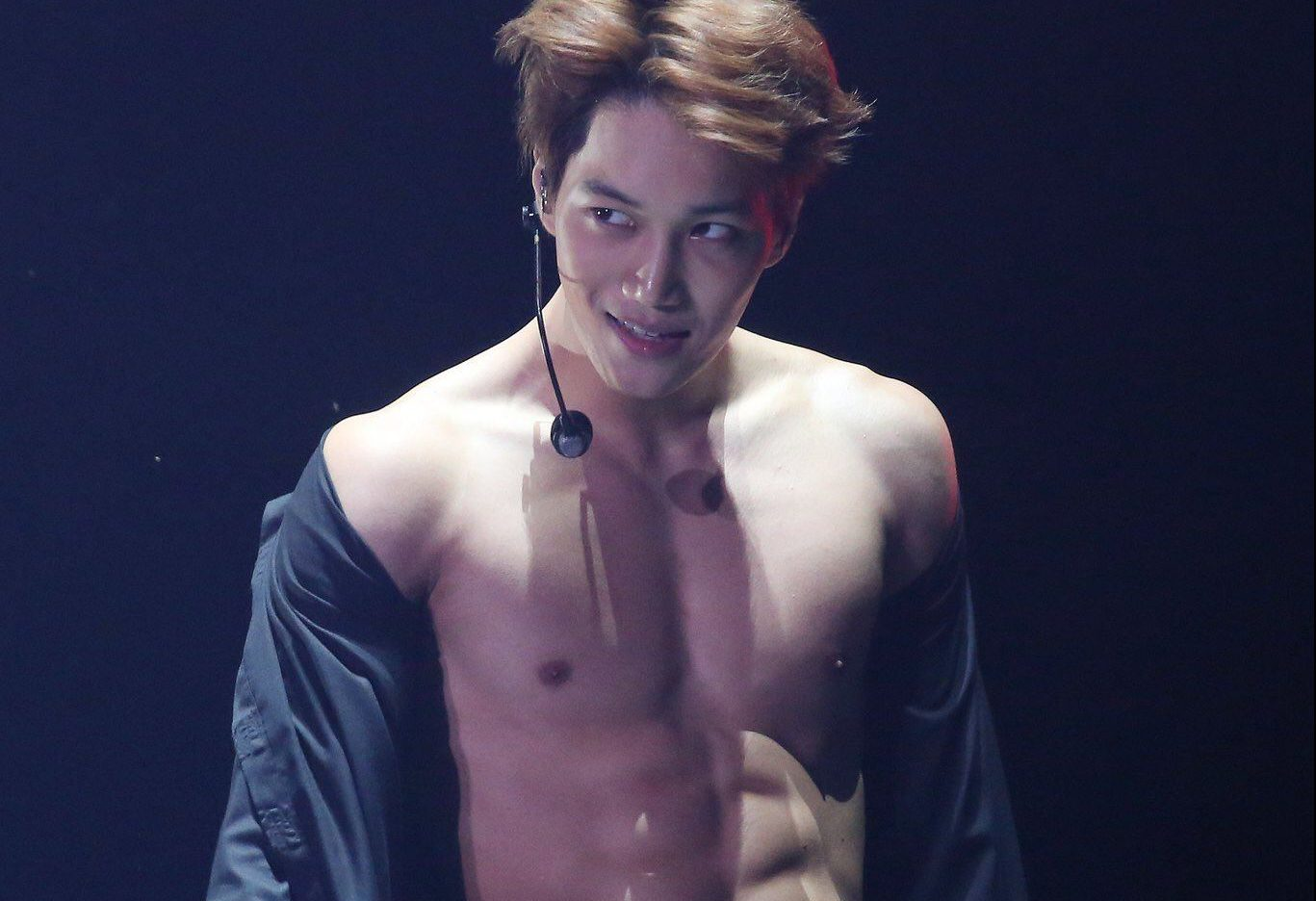 Baekhyun and Kai Drove Fans Wild When They Flashed Their Sexy 8 Pack Abs