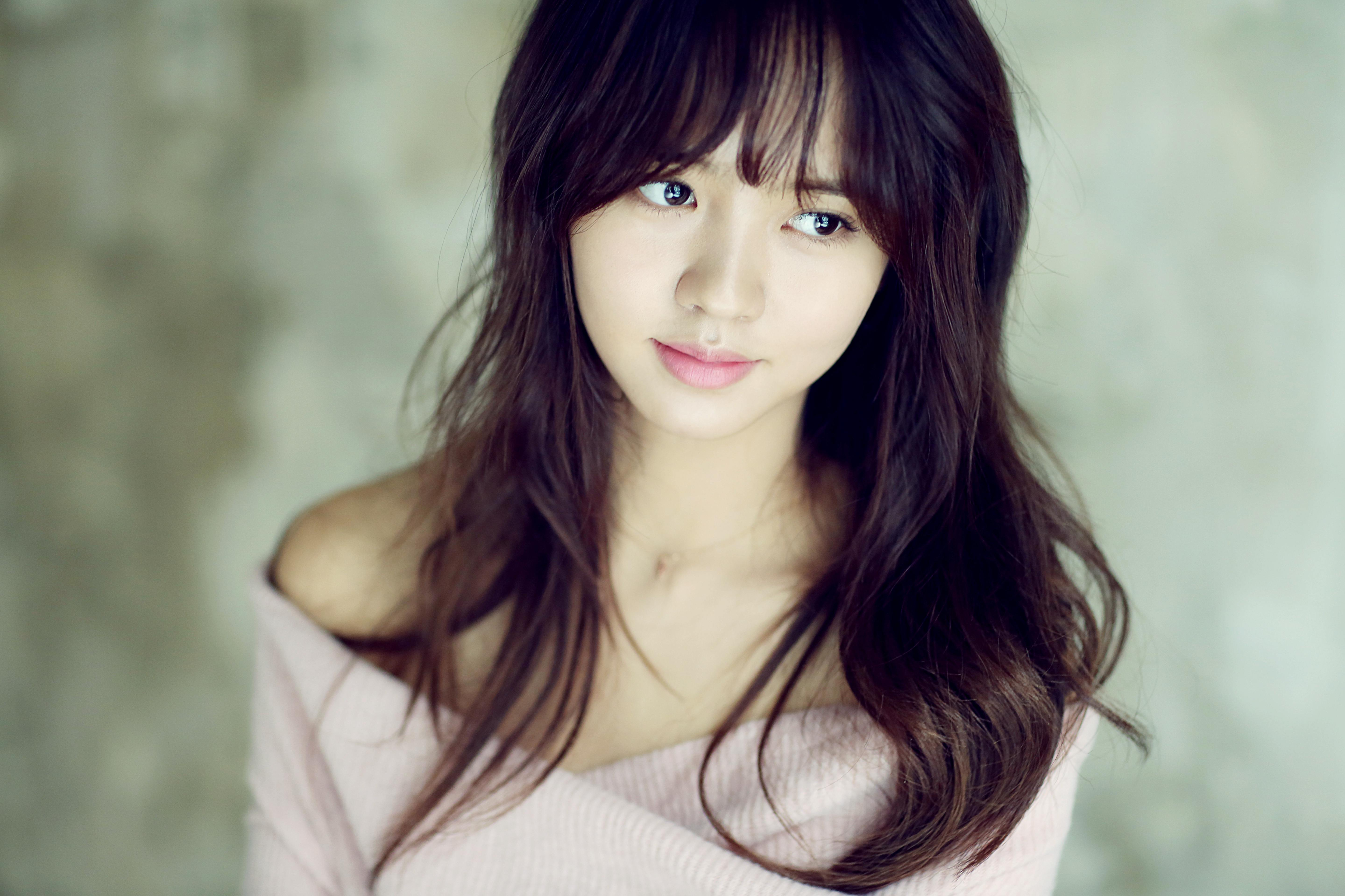 Kim So Hyun's Growth From Her Child Star Days Make It Hard To Believe Her Age
