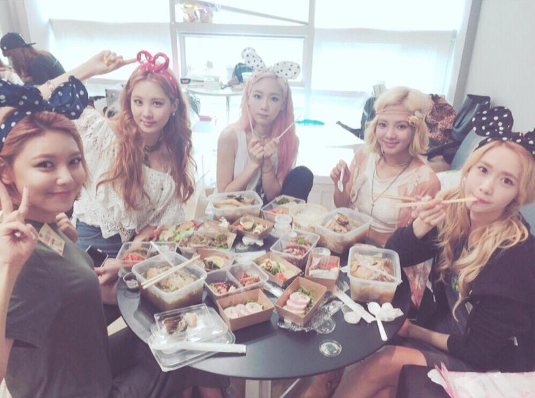 Girls Generation Spends More Money On Food Each Year Than EXO