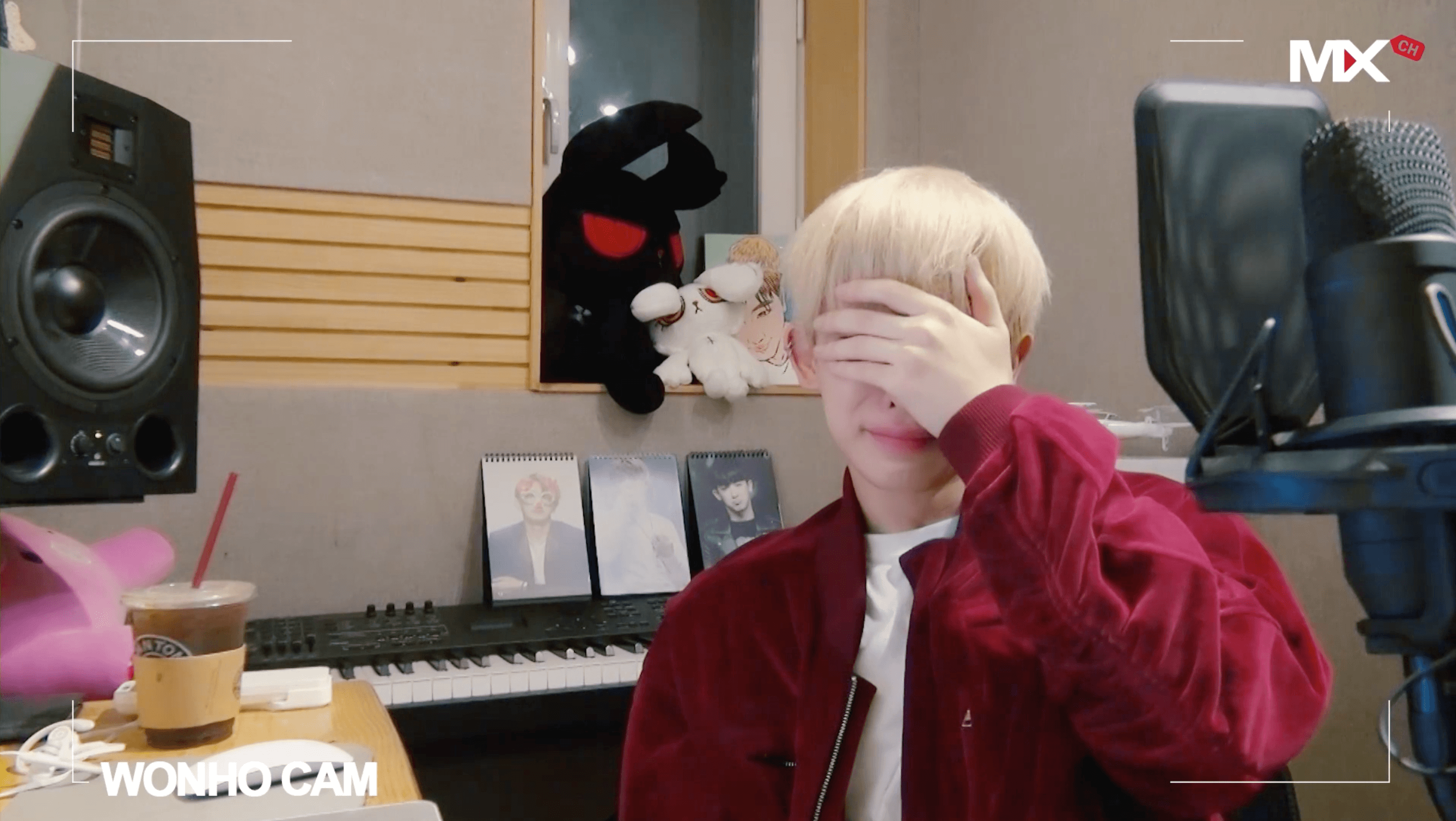 Monsta X Wonho Brought To Tears While Confessing His Love For Fans