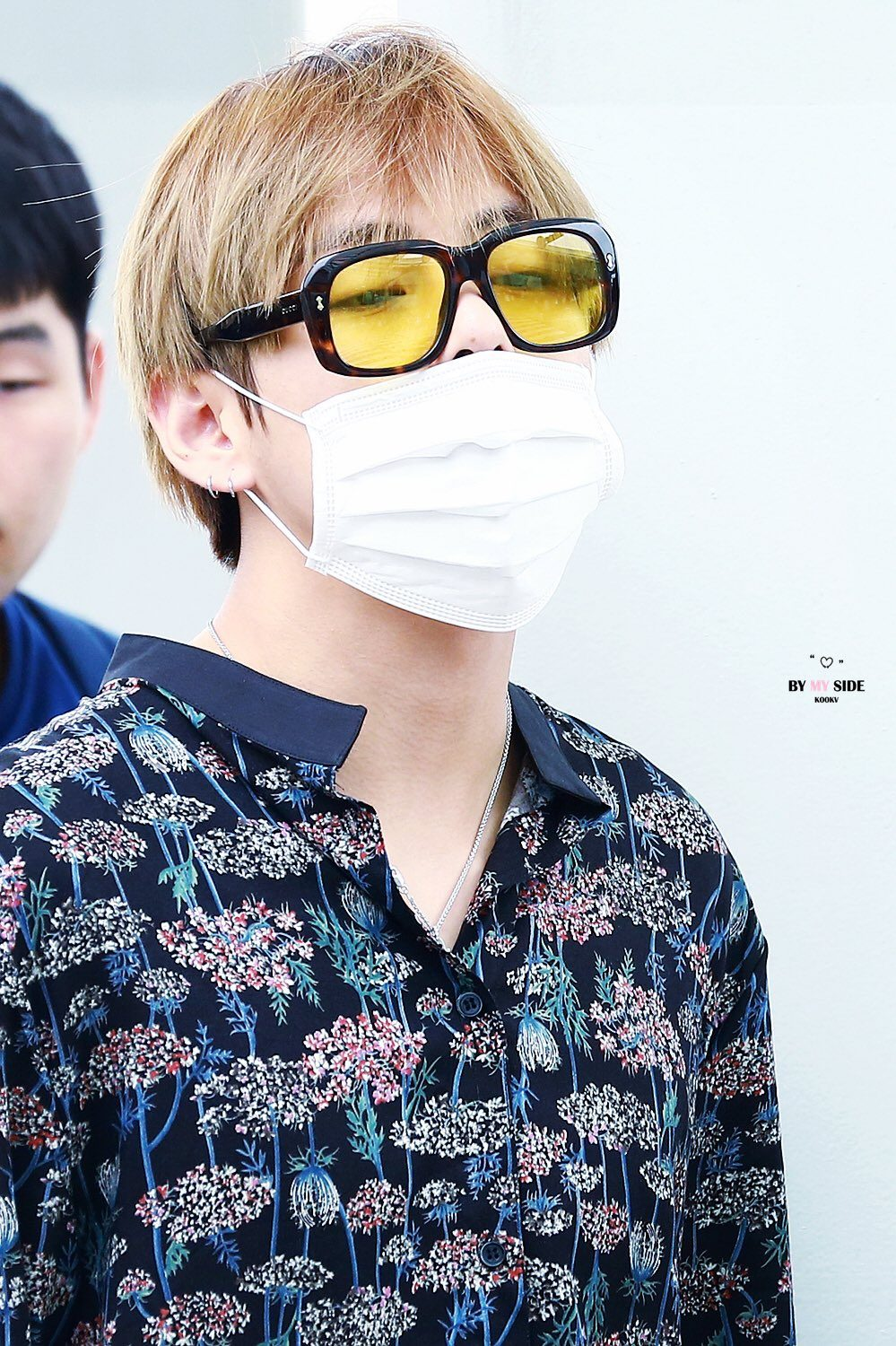 BTS V Spotted Looking Exhausted At In Incheon Airport - Koreaboo