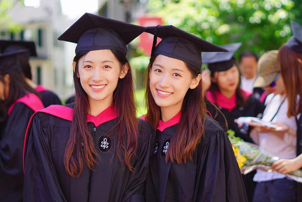 Chinese Twins Go Viral For Graduating Harvard University In 1 Year