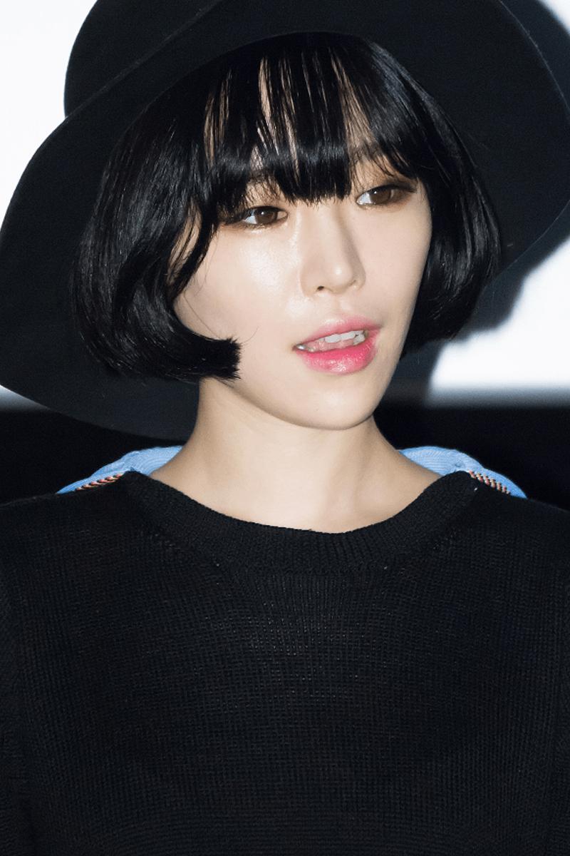 Yoon Seol-hee Nude Photos 10