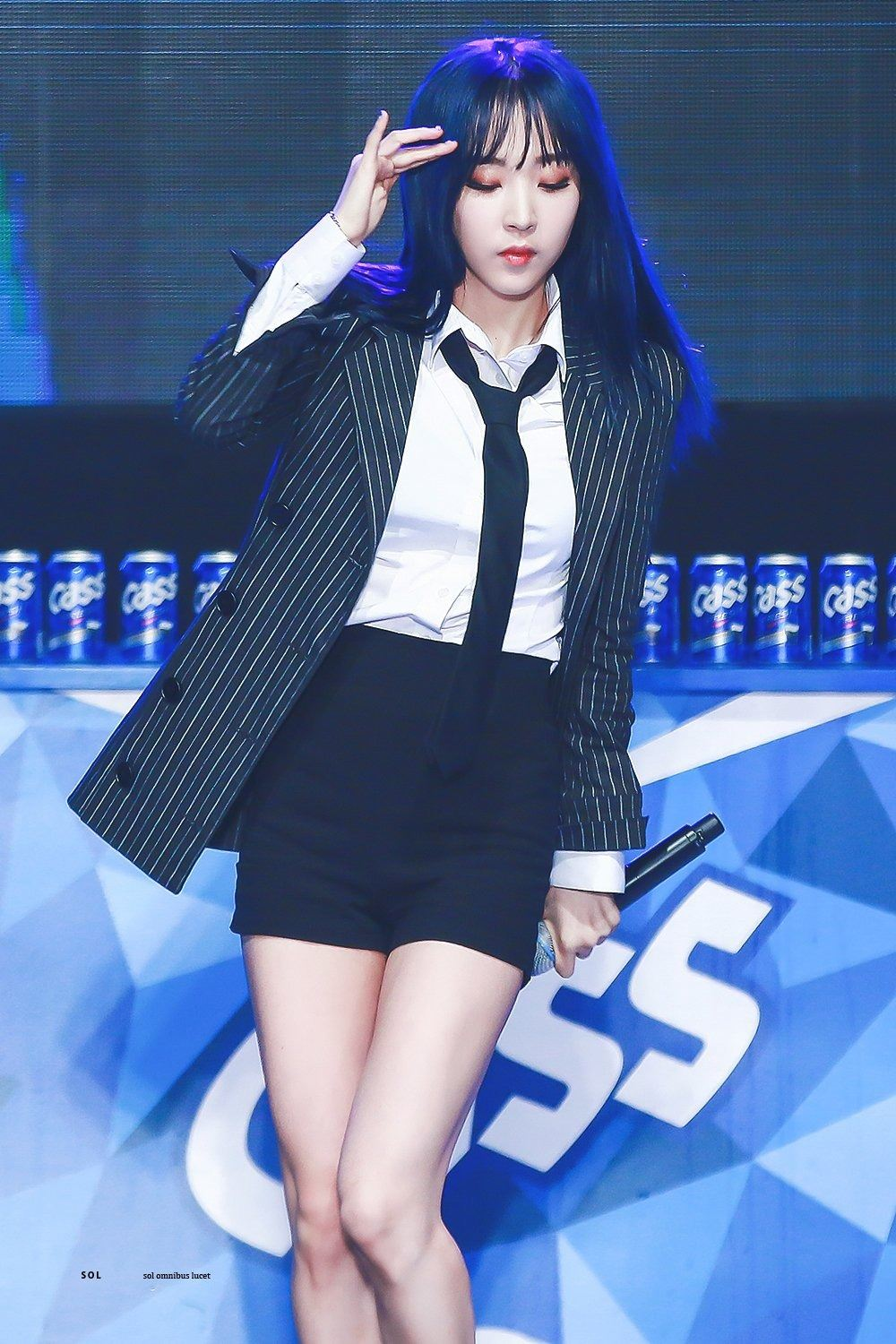 Mamamoo Moonbyul S New Hair Changes Color Depending On The