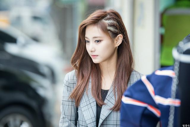 10+ Pictures That Prove You Just Can't Take Bad Photos Of Tzuyu - Koreaboo